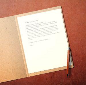 carta-de-presentacion-en-papel